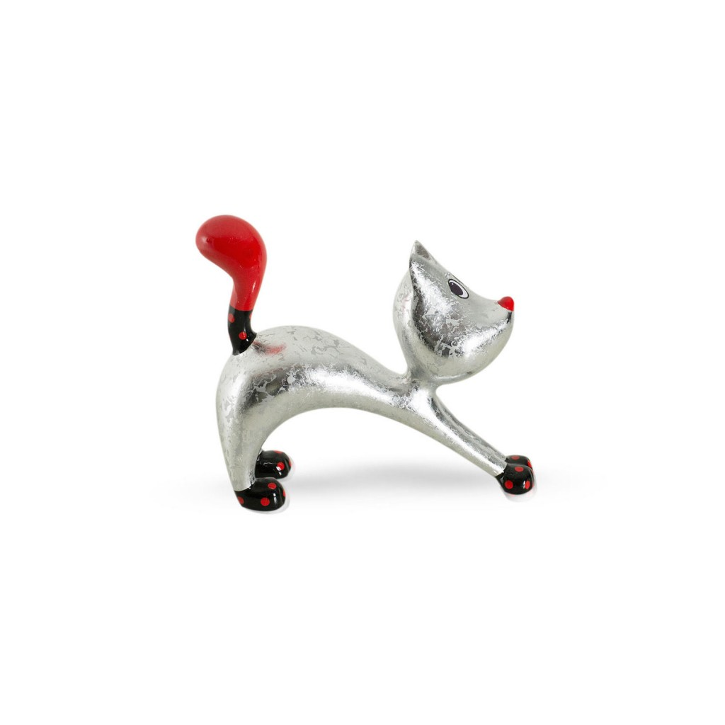 beeld stretching cat hillie niloc pagen